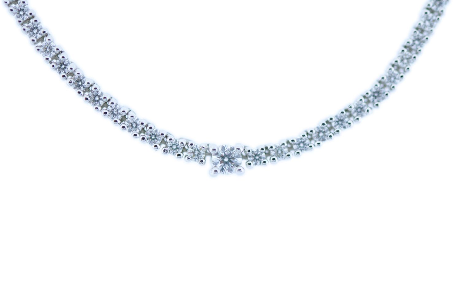#100 Diamond Necklace | Diamantcollier Image