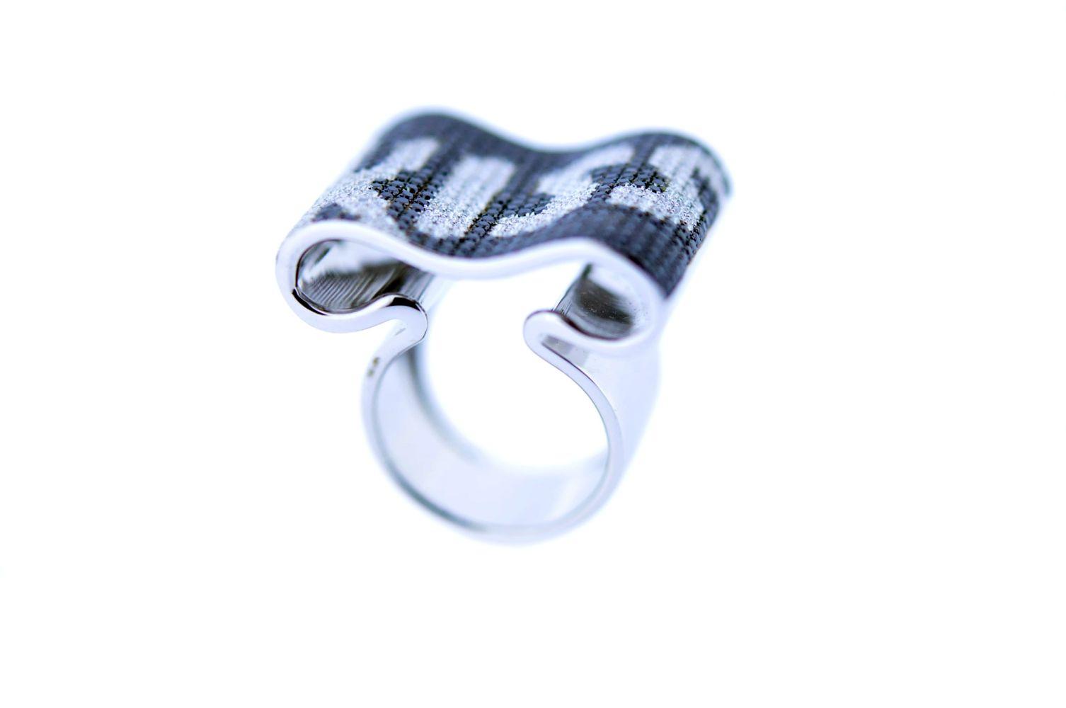 #82 KISS Ring | KISS-Ring Image
