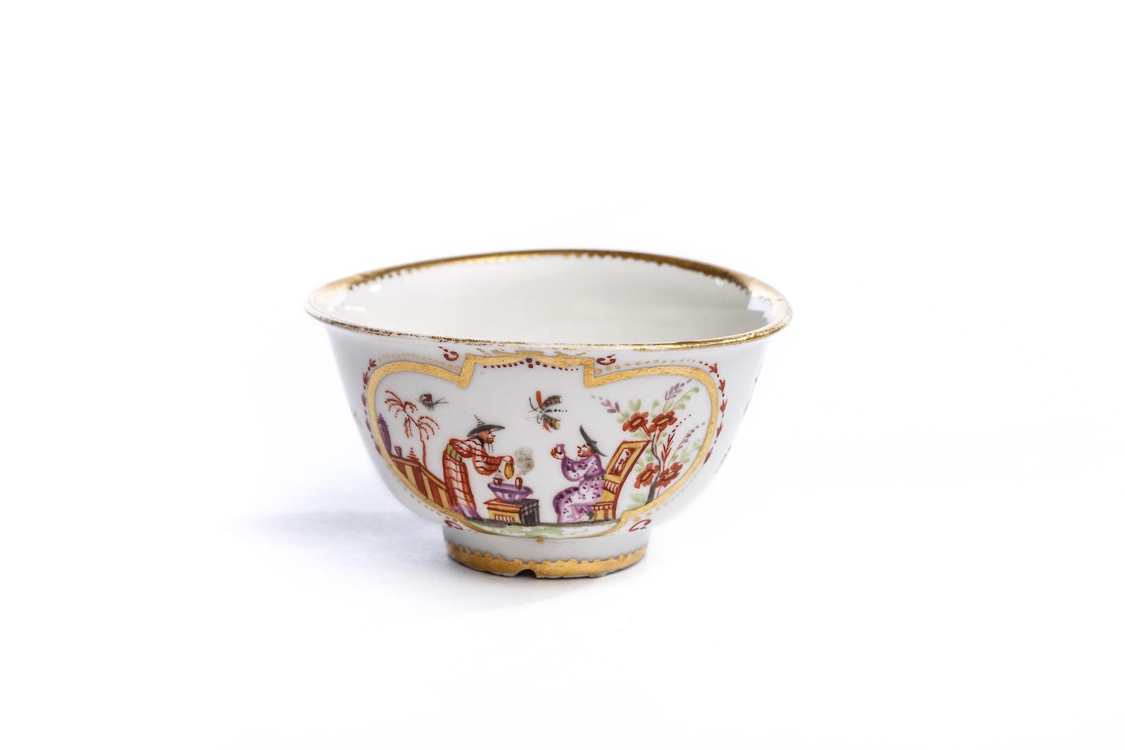#128 Koppchen ohne Unterschale, Meissen 1720/25 | Bowl without Saucer, Meissen 1720/25 Image