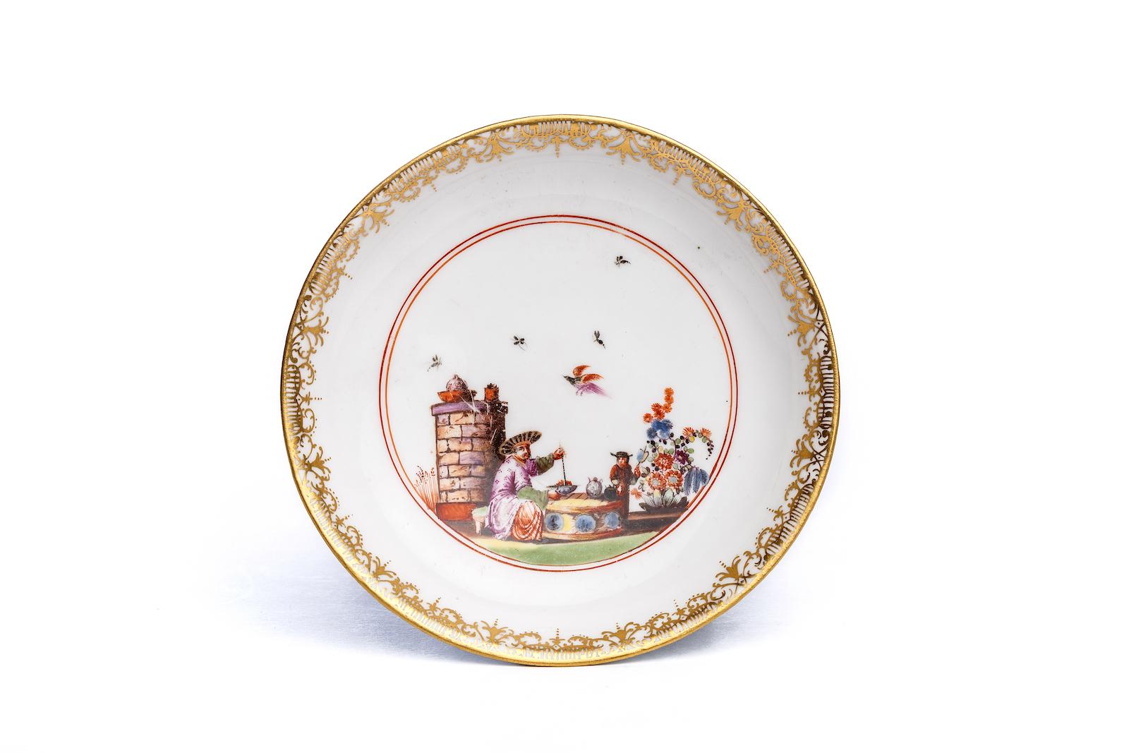 #202 Kleine Unterschale, Meissen 1740, The Hoffmeister Collection   Small saucer, Meissen 1740 Image