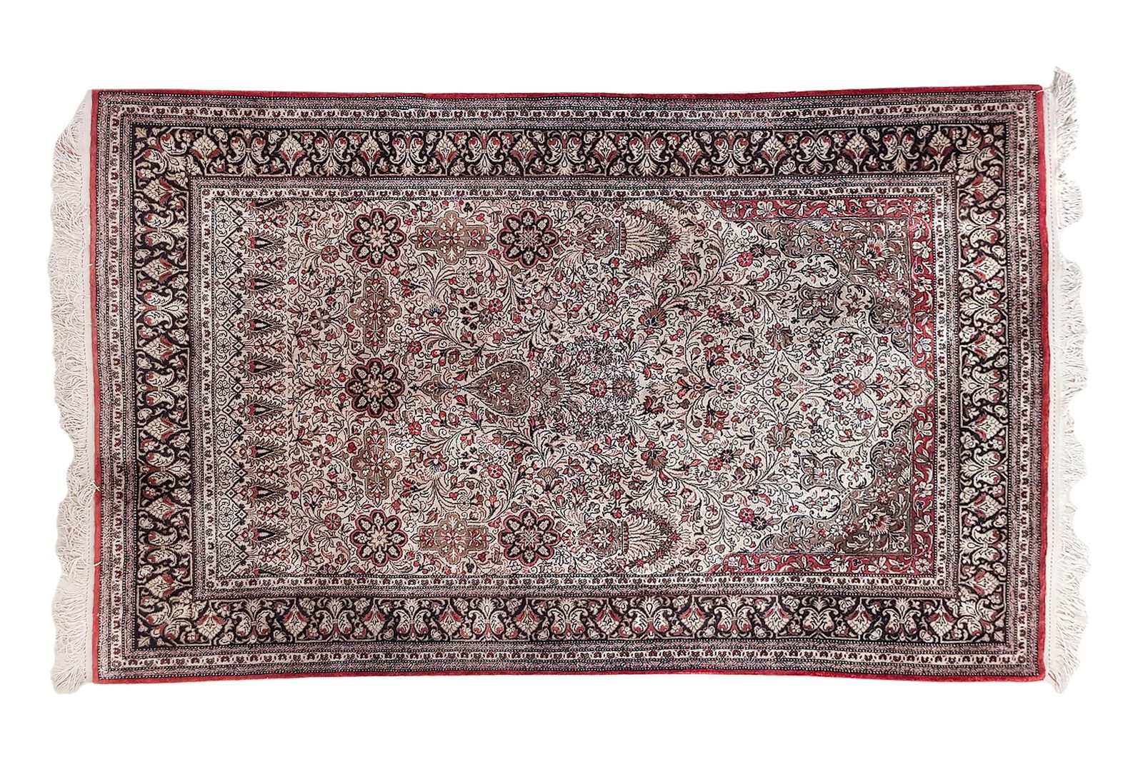 #189 Old Persian carpet | Alter persischer Teppich  Image