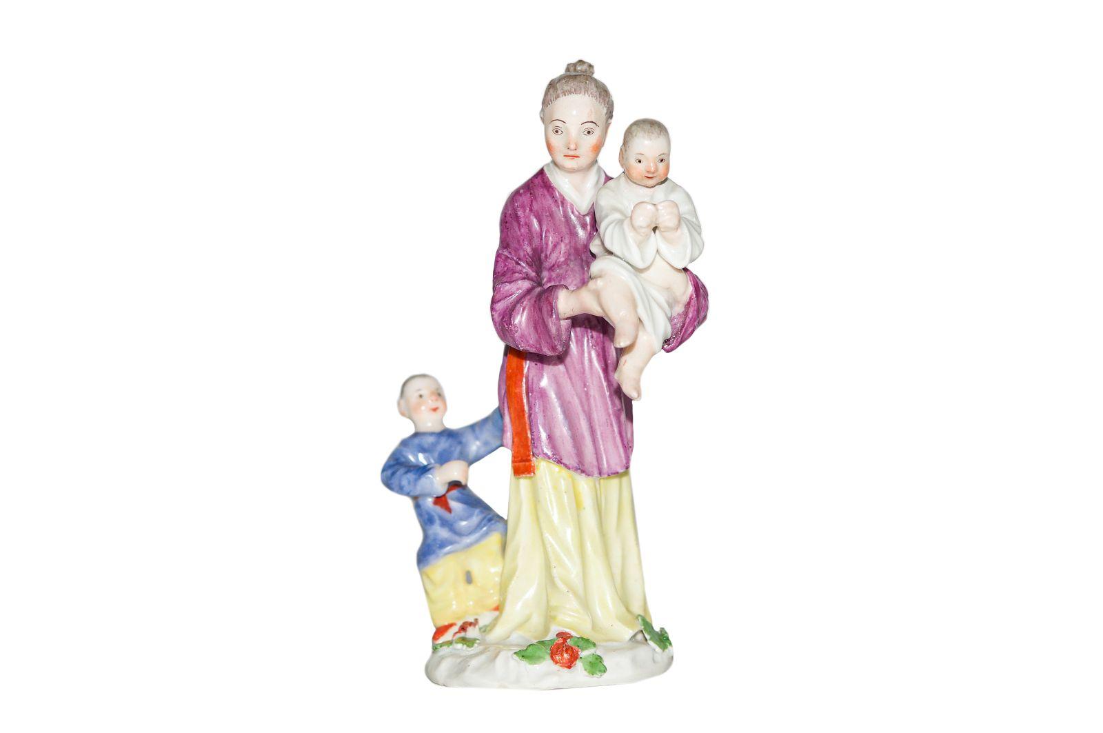 #192 Japanese woman with children Meissen 1745 | Japanerin mit Kindern Meissen 1745 Image
