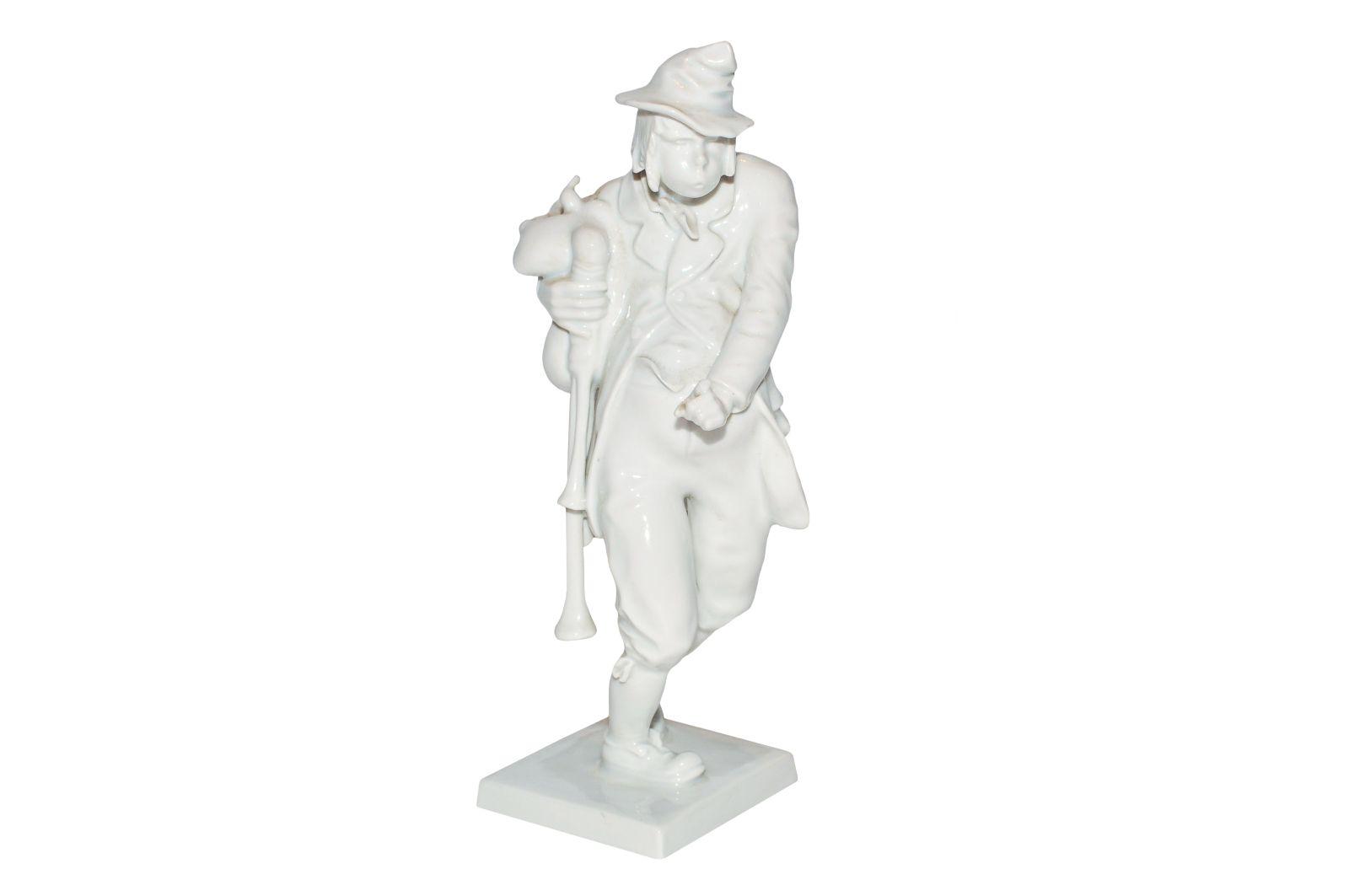 #204 Figurine Image