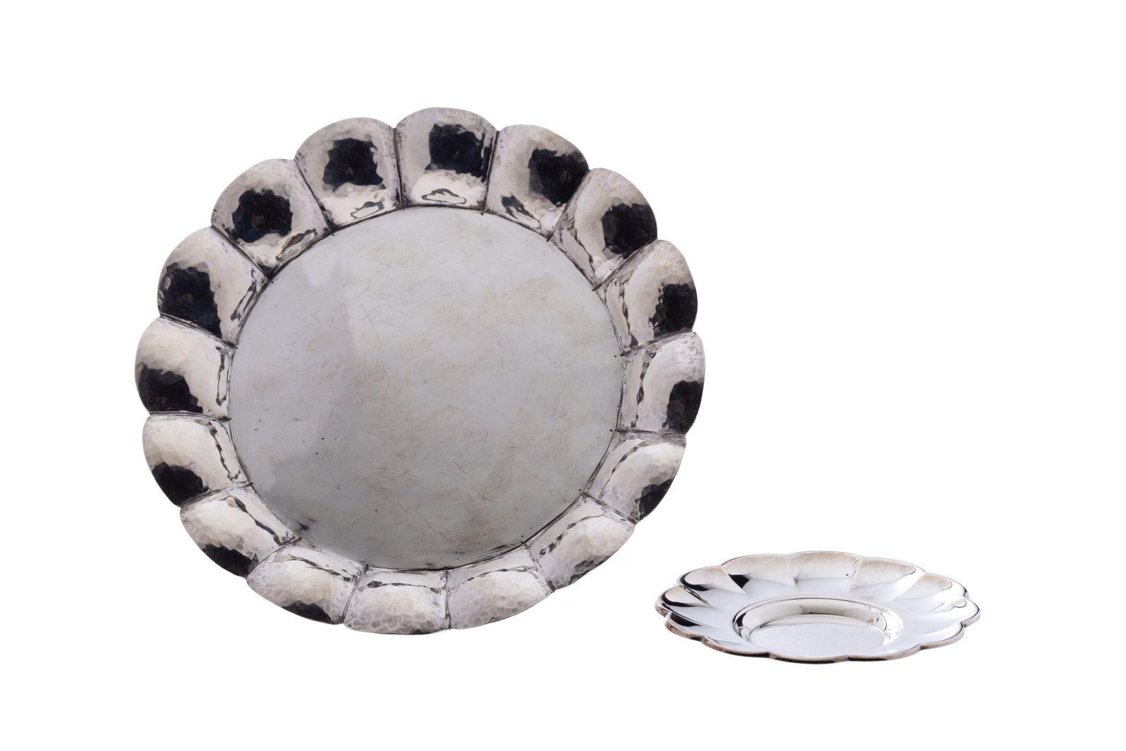 #87 Small silver plate | Kleine Silberteller Image