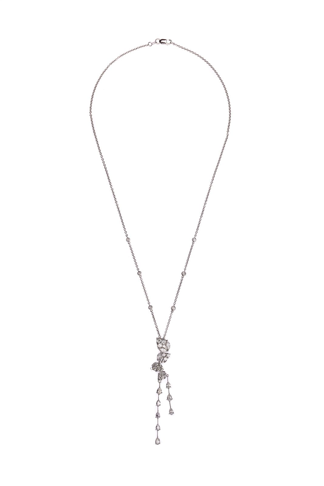 #70 Necklace diamonds | Collier Image