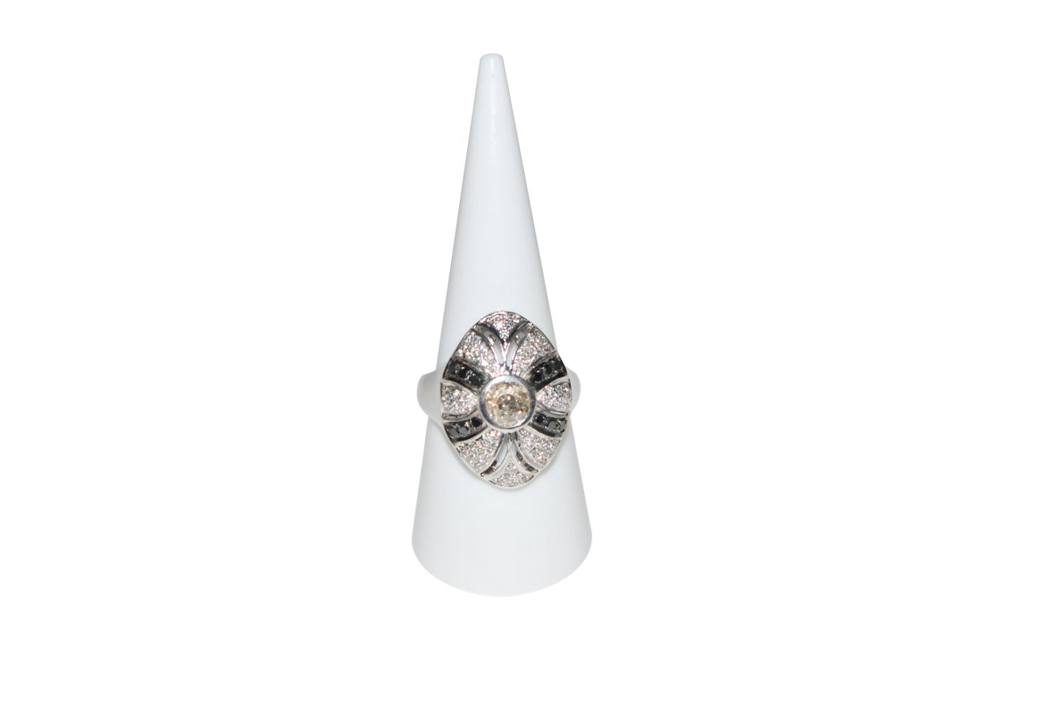 #97 Diamond ring | Diamantring Image