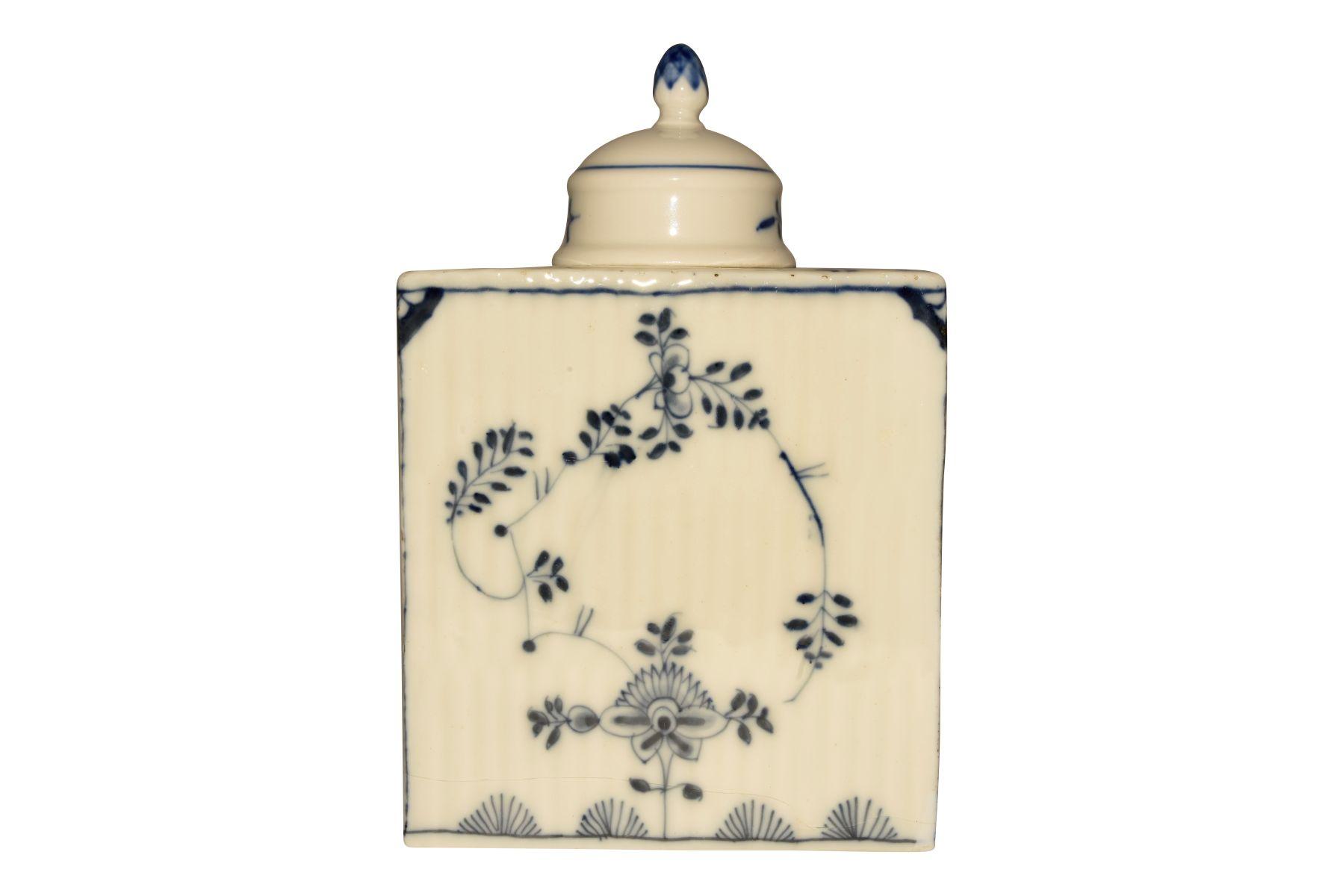 #130 Tea caddy with lid, Meissen 1750 | Teedosee mit Deckel, Meissen 1750 Image