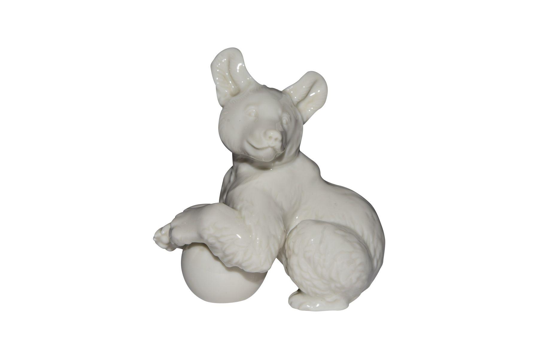 #183 Bear with ball porcelain factory Allach, Munich | Image