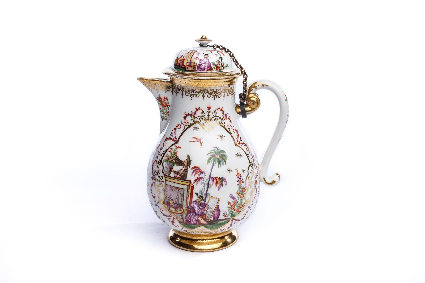 #19 Coffee pot, Meissen 1724 | Kaffeekanne, Meissen 1724 Image
