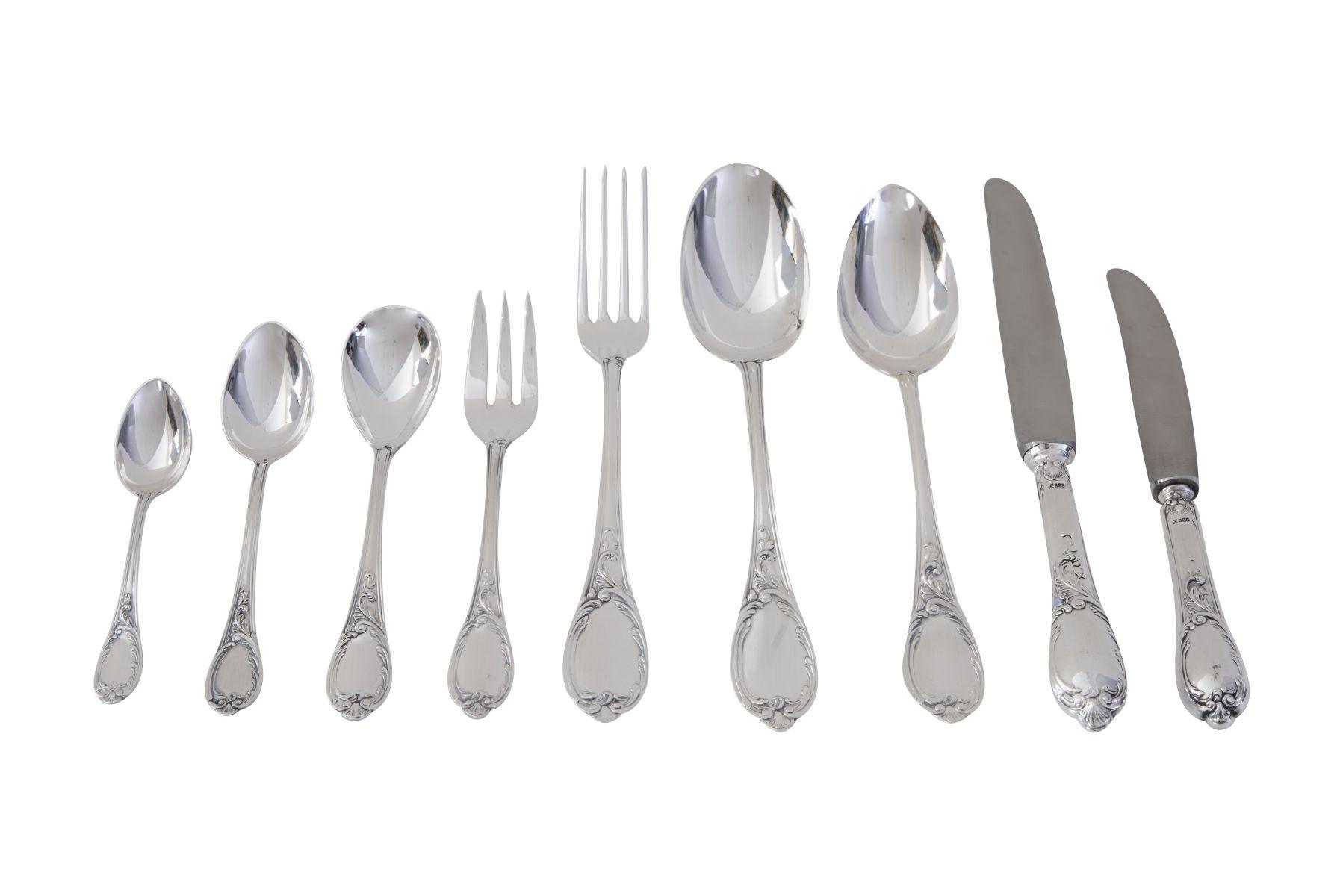 #112 120 piece table cutlery Image