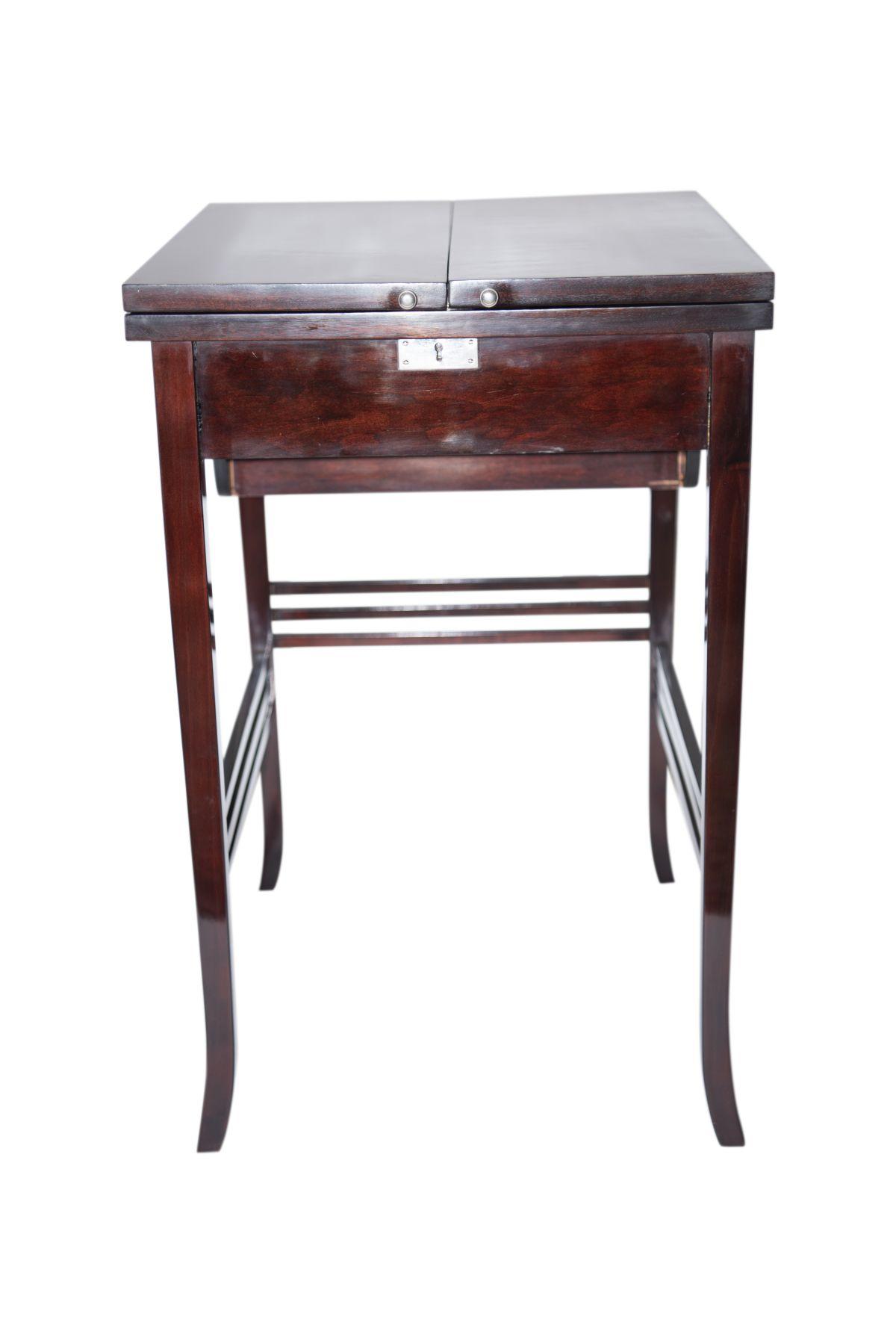#166 Lady Secretary Art Nouveau | Damensekretär Jugendstil Image