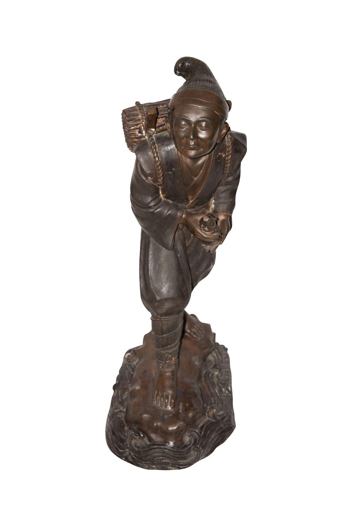#44 Large bronze figure of a Chinese miner | Große Bronze Figur eines chinesischen Bergmannes Image