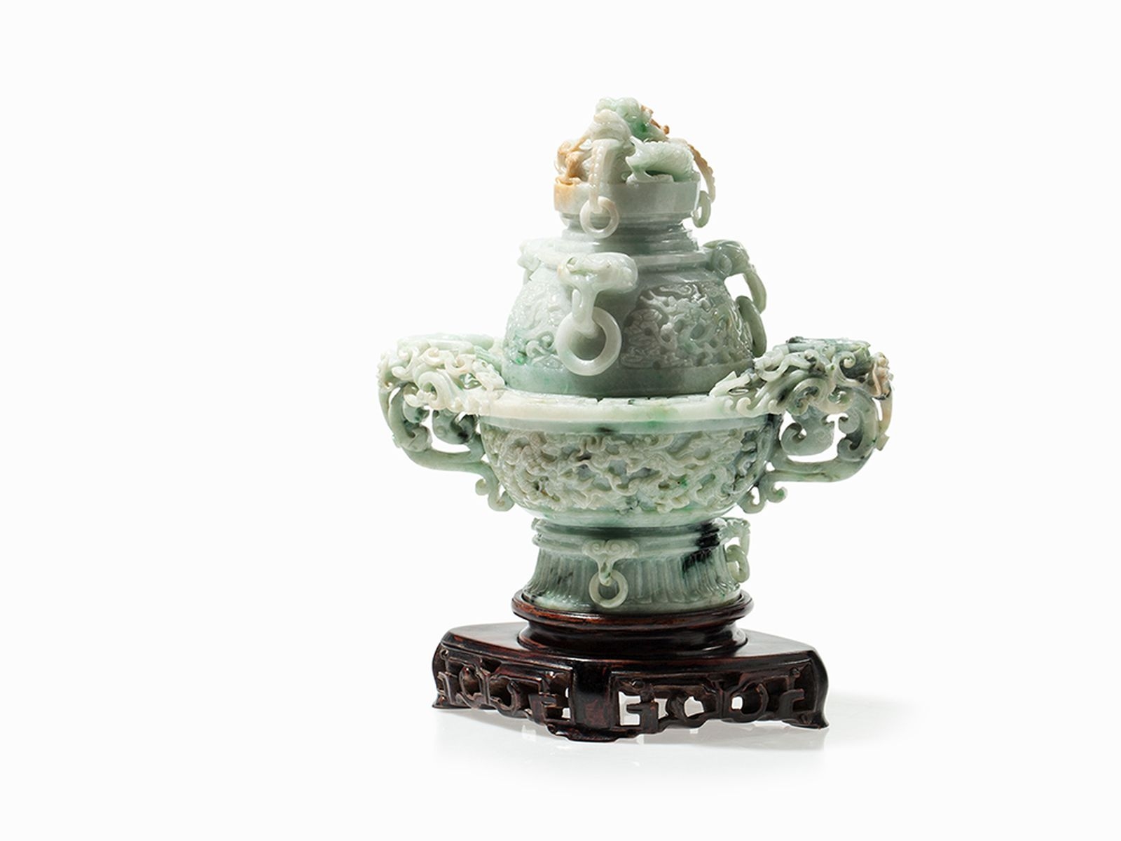 #72 Jade Vessel and Cover with Dragons, China, 20th C. | Jade Deckelgefäß mit Drachen, China, 20. Jh Image