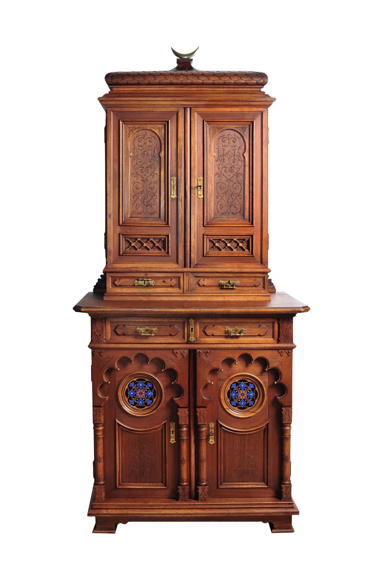 #163 Small salon cabinet in oriental style   Kleiner Salonschrank im Orientalischem Stil Image