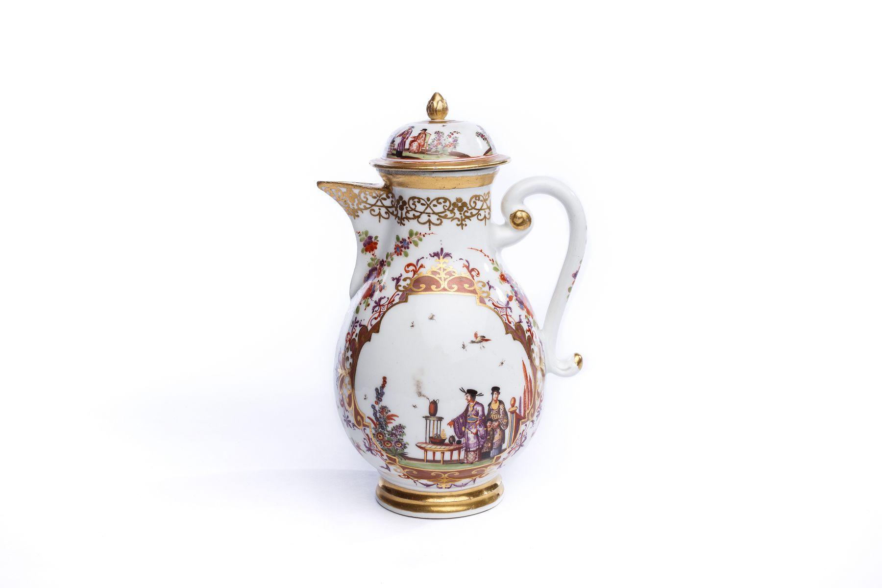 #39 Coffee pot, Meissen 1725/30   Kaffeekanne, Meissen 1725/30 Image