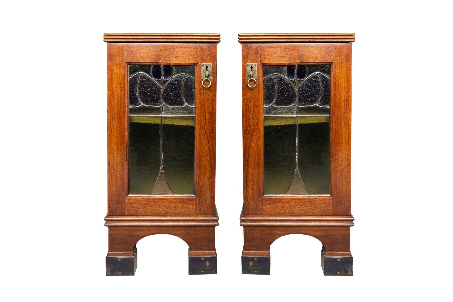 #132 2 small cupboards | Nachtschränkchen Anfang 20. Jahrhundert Image