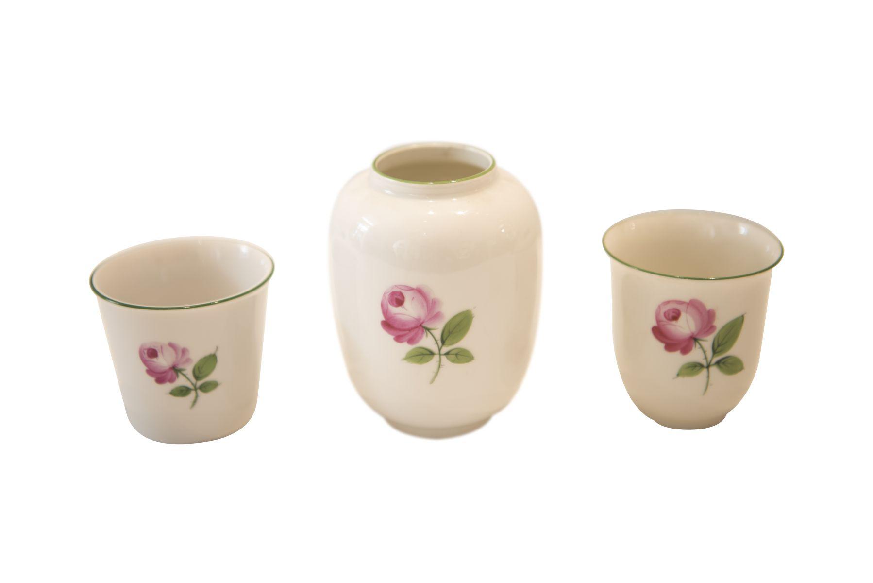 """#207 3 small vases Augarten """"Viennese Rose""""   3 kleine Vasen Augarten """"Wiener Rose"""" Image"""