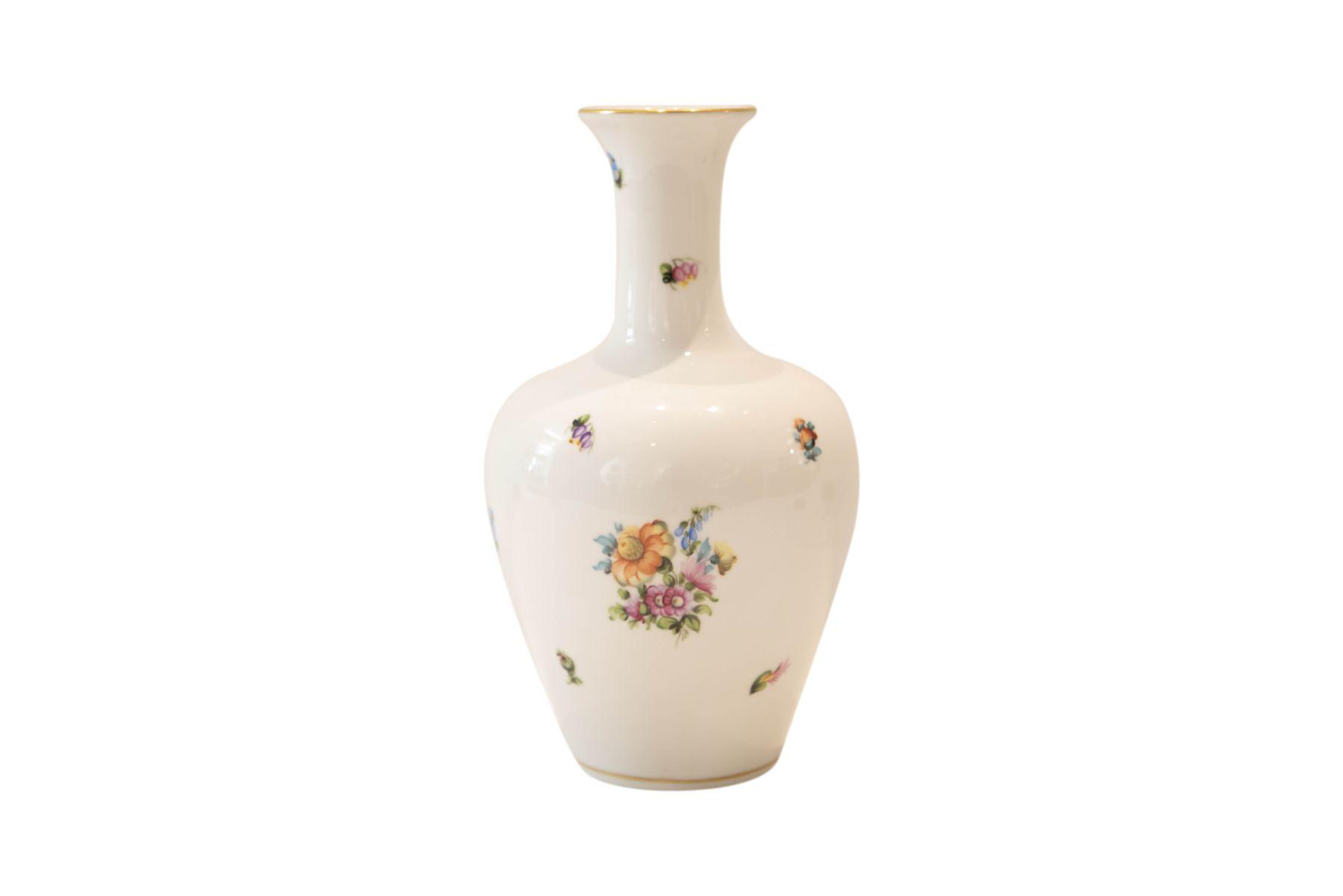 """#213 Large vase Herend """"Scattered flowers   Große Vase Herend """"Streublumen"""" Image"""