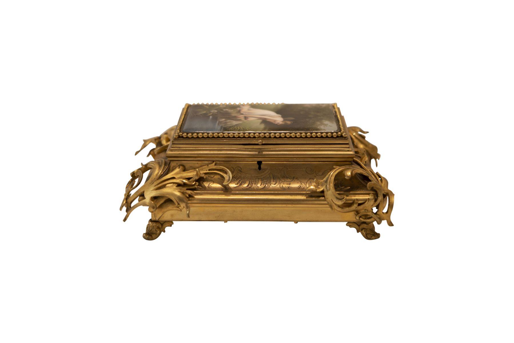 #259 Large bronze casket | Große Schatulle Bronze Image