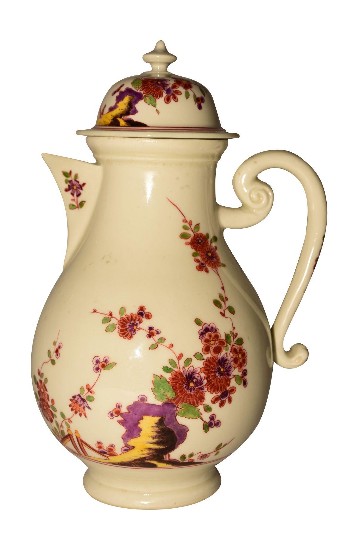 """#62 Kakiemon Coffee Pot Meissen 1730   """"Kaffeekanne Kakiemon"""" Meissen 1730 Image"""