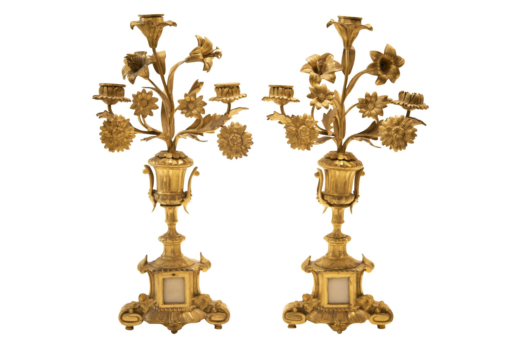 #164 Pair of Brass Candlesticks | Paar Messingleuchter Image