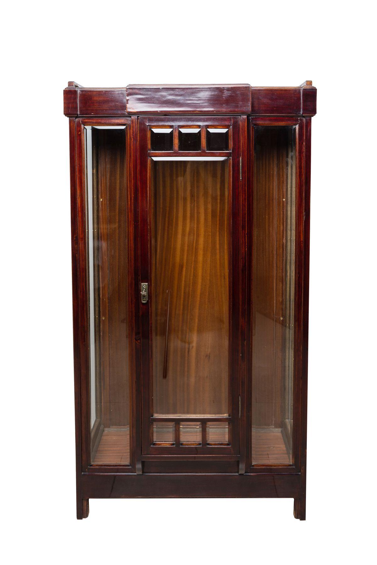 #8 Art Nouveau Glass Display Cabinet, Early 20th C. | Jugendstil Glasvitrine, frühes 20. Jh. Image