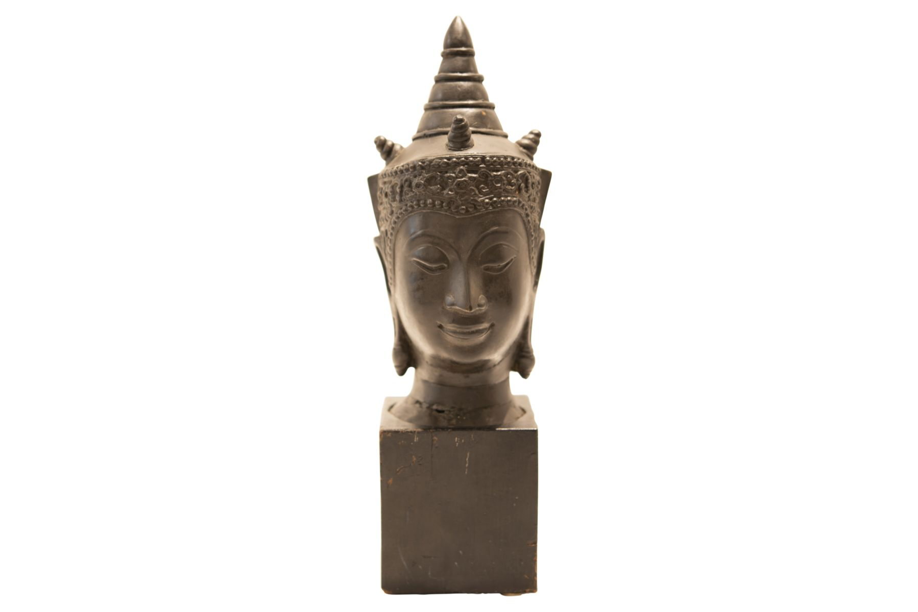 #89 Metal Buddha head on wooden base   Metall Buddha-Kopf auf Holzsockel Image