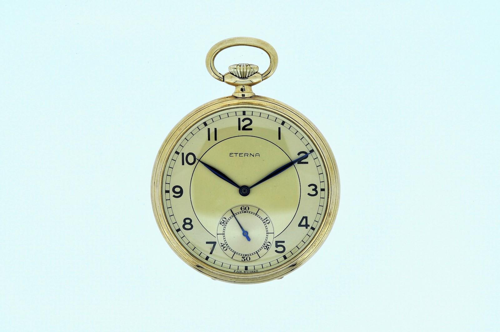 #33 Golden Tail-Coat Watch | Goldene Frackuhr Image