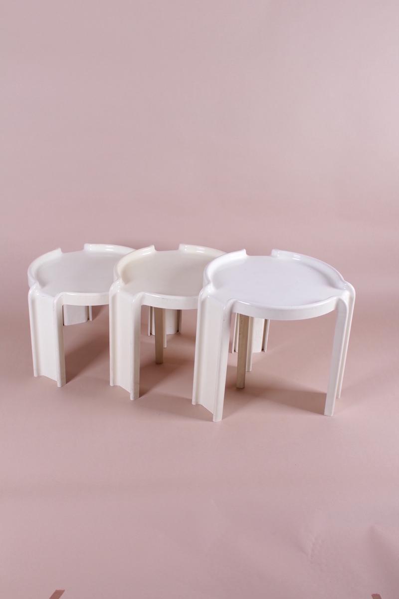 #54 Three Designer Side Tables | Drei Designer-Beistelltische Image
